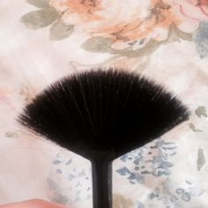 #ELF #Brush #makeup #beauty #toppicks #best Elf Brushes, Makeup Box, Makeup Yourself, Beauty Products, Hair, Shopping, Makeup Box Case, Whoville Hair, Cosmetics