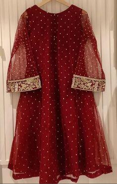 Pakistani Fashion Party Wear, Indian Fashion Dresses, Indian Designer Outfits, Designer Dresses, Muslim Fashion, Latest Dress For Girls, Stylish Dresses For Girls, Stylish Dress Designs, Elegant Dresses
