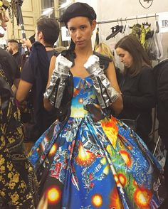 Looks like The Transformers are going high fashion! This week Moschino held their combined Fall menswear and Pre-Fall womenswear fashion show in Milan. A k