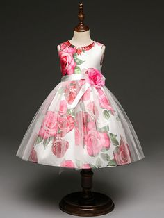New Arrival Red Flowers Printed Long Flower Girl Dresses Kids Dress Cute Dress With Bow Flower Girls, Princess Flower Girl Dresses, Kids Pageant Dresses, Little Girl Dresses, Girls Dresses, Baby Frocks Designs, Kids Frocks Design, Baby Dress, Cute Dresses