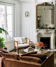 A beautiful living room setting in a Parisian apartment.You can find Living room sets and more on our website.A beautiful living room setting in a Parisian apartment. Living Room Sets, Living Room Decor, Paris Living Rooms, Bedroom Decor, Interior Design Living Room, Living Room Designs, Paris Home, Dream Apartment, Apartment Design