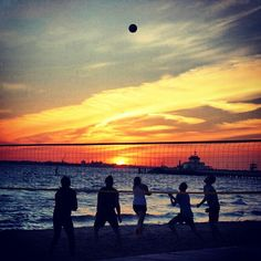 Beach Volleyball - @SmartSiteBlog- #webstagram http://ecpnews.com/sunset-st-kilda/