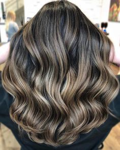 Bayalage, Hair Color Balayage, Hair Highlights, Ombre Hair, Brown Blonde Hair, Brunette Hair, Hair Inspo, Hair Inspiration, Medium Hair Styles