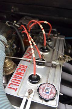 Alpine Renault  Engine  Vintage   NUMERO 13