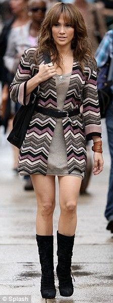 cute outfit J. Lo!