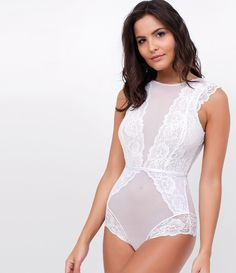 Body feminino Com renda Sem bojo Com forro Elástico brilhante na cintura  Fechamento de botão Marca 5c2e664b90d