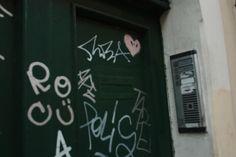#Green #Door in #RioneMonti, #Rome.