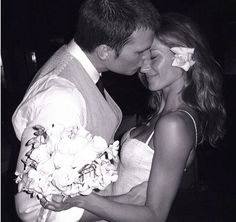 Gisele Bundchen and Tom Brady - 30 Most Iconic Celebrity Weddings of All Time - EverAfterGuide