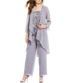 Shop for le bos 3 piece embroidered shell hi-low duster pant set at. Visit to find clothing. The style of your life. Wedding Pants Outfit, Groom Outfit, Groom Attire, Mother Of The Bride Trouser Suits, Mother Of Groom Dresses, Black Suit Wedding, Maila, Mob Dresses, Bride Dresses