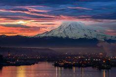 Mount Rainier sunrise. PNW.