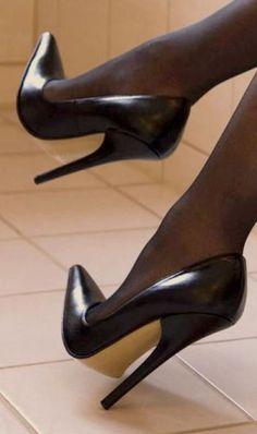 high heels – High Heels Daily Heels, stilettos and women's Shoes Sexy High Heels, High Heels Boots, Extreme High Heels, Beautiful High Heels, Hot Heels, High Heel Pumps, Pumps Heels, Stiletto Heels, Heel Boots