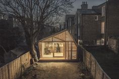 Writer's shed by Weston Surman & Deane Architecture