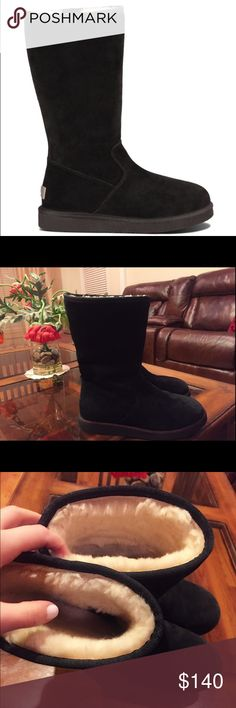 Suede UGG boots in black, side zip great condition These boots are in very good condition, only been worn a few times. The fur in the inside & the suede on the outside is also in a great condition; the zipper works just fine. It's a size 8, however I'm a 7 - 7 1/2 and fits me fine too. (I like my boots bigger). So yes, it fits people with a size 8 feet too. Overall it has a little bit of wear but looks very good, almost like new. The length is MID, not high & not short either, the suede is…