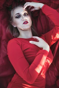 Red Remnants | Creative Portrait | Taylor English Photography
