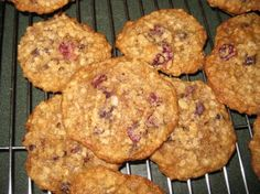 Oatmeal Craisin Cookies (like your cookies chewy, I do. I also love to add white and milk chocolate chips to these.) - B&N