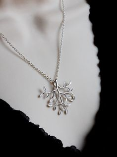 Tree of life necklace. Making this.