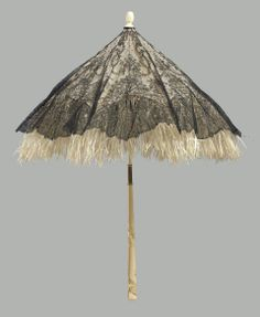 ©️ Museum of Fine Arts, Boston Chantilly lace parasol, silk lining; quill skin fringe, carved ivory folding handle and tip, France mid Floral Garland, Floral Swags, Lace Parasol, Civil War Fashion, Romantic Period, Umbrellas Parasols, Flappers, Chantilly Lace, Border Design