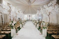 You'll be scrolling through this regal Filipiniana wedding all day long. Wedding Table, Wedding Ceremony, Our Wedding, Destination Wedding, Wedding Planning, Dream Wedding, Wedding Blog, Wedding Stuff, Wedding Themes