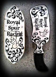 Custom horse brushes with rhinestones from Craft & Crown. Also on www.facebook.com/craftandcrown