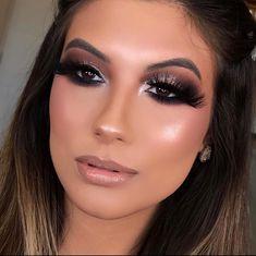 Sexy Makeup, Makeup Looks, Aesthetic Makeup, How To Make, Nova, Lighting Techniques, Contouring Makeup, Baby Shoes Tutorial, Makeup Tutorials