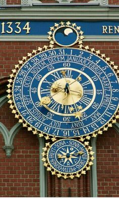 Beautiful clock of the City Council in Riga, Latvia (by jaime. Beautiful clock of the City Council in Riga, Latvia (by jaime. Unusual Clocks, Cool Clocks, Time Clock, Grandfather Clock, Beautiful World, Tower, Watches, Antiques, Riga Latvia