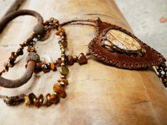 stone, leather Desert Fashion, Style Inspiration, Stone, Bracelets, Leather, Jewelry, Bangle Bracelets, Jewellery Making, Jewerly