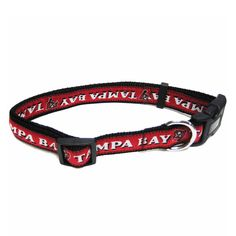 Tampa Bay Buccaneers Officially Licensed Dog Collar - https://barkavenuebycucciolini.ca/product/tampa-bay-buccaneers-officially-licensed-dog-collar/