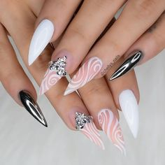 Unique Nail Designs You Must Love To Try in 2020 - Nail Art Images Stiletto Nail Art, Cute Acrylic Nails, Gel Nails, Dope Nails, Bling Nails, Pretty Nail Colors, Pretty Nails, Jolie Nail Art, Nagel Bling