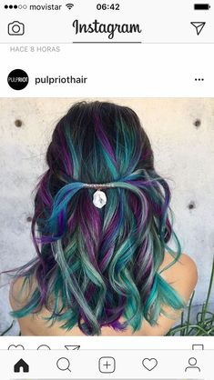 This hair color is very pretty reminds me of a peacock.