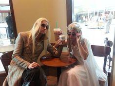 Elves at Starbucks.... source: thranduart