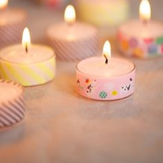 More than simple: just wrap tea lights with washi tape and you have an instant cute decoration.