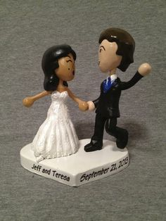 #Custom #Wediing Mii® Cake Toppers by Paul Pape Designs @ Makeably | Hatch.co
