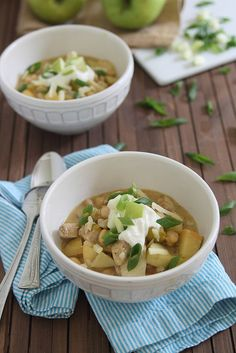Chicken apple cheddar chili