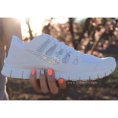Nike sparkle shoes!!<3<3<3