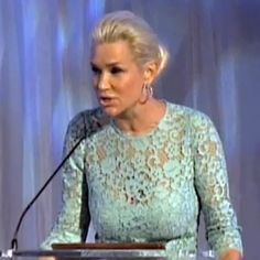 Yolanda Foster Breaks Down In Emotional Speech About Her Battle With Lyme Disease... must watch video!!!!