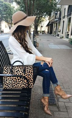 best fall outfit / hat + blouse + animal printed bag + rips + heels