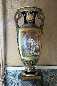 Large Majolica Vase, Study of King, Royal Apartments, The Royal Palace, Napoli