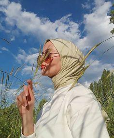 Hajib Fashion, Modern Hijab Fashion, Hijab Fashion Inspiration, Beautiful Hijab Girl, Hijab Style Tutorial, Hijab Trends, Hijab Fashionista, Islamic Girl, Casual Hijab Outfit