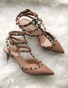 NEW IN | HAZELNUT ROCKSTUD