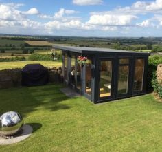 Garden offices and Garden Rooms Manufacturer - RoomsOut