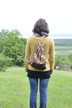 Drawstring bag summer bag sports bag string bag - geometrical triangel - brown beige by BagitBag on Etsy