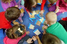 zabawy dla dzieci w przedszkolu Kids Rugs, English, Therapy, Kid Friendly Rugs, English Language, Nursery Rugs