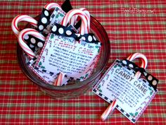 Make a cute card, decorate a small box and fill it with mini candy canes, or create adorable individual candy cane gifts featuring the Legend… Christmas Goodies, Christmas Angels, Christmas Crafts, Christmas Ideas, Merry Christmas, Meaning Of Candy Cane, Cardboard Box Diy, Candy Cane Legend, Mini Candy Canes