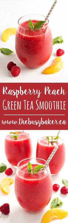 This Raspberry Peach Green Tea Smoothie is the perfect #summer drink! www.thebusybaker.ca
