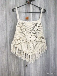 top a crochet con flecos. playa, verano.