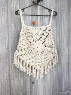 top a crochet con flecos. playa, verano.