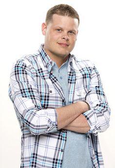 'Big Brother' 2014 meet the cast of season 16: Derrick Levasseur #bb16