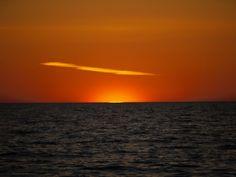 S/Y Dolphin Dance sailing blog | a Finnish Hallberg-Rassy 29 sailing in the Northern Europe: Nynäshamn - Byxelkrok crossing - The sun is rising