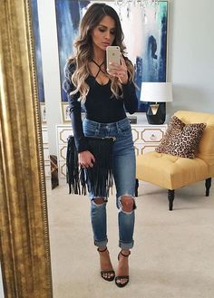Best ways to style boyfriends jeans summer bar outfits, casual bar outfits, dressy winter Summer Bar Outfits, Casual Bar Outfits, Fashion Casual, Look Fashion, Fall Outfits, Fashion Sale, Fashion Outlet, Fashion Fashion, Paris Fashion