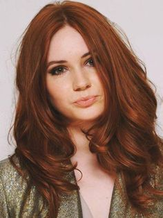 """Auburn hair color is a variation of red hair color but is more brownish in shade. Just like the ombre,Read More Flattering Auburn Hair Color Ideas"""" Hair Color Auburn, Red Hair Color, Cool Hair Color, Color Red, Red Hair Shades, Deep Auburn Hair, Auburn Colors, Ginger Hair Color, Brown Shades"""